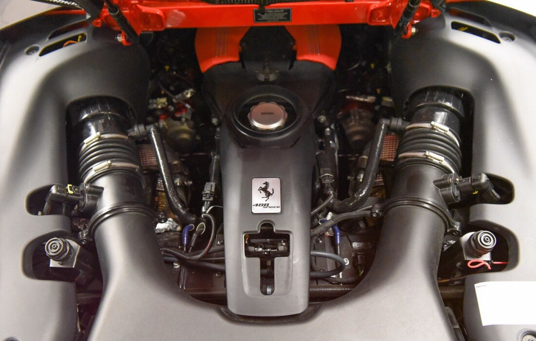 2019 Ferrari 488 Spider image _61501bb1943b82.16706251.jpg