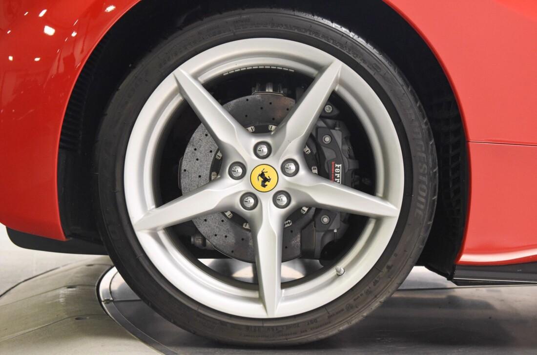 2019 Ferrari 488 Spider image _61501bb4649e76.94602769.jpg
