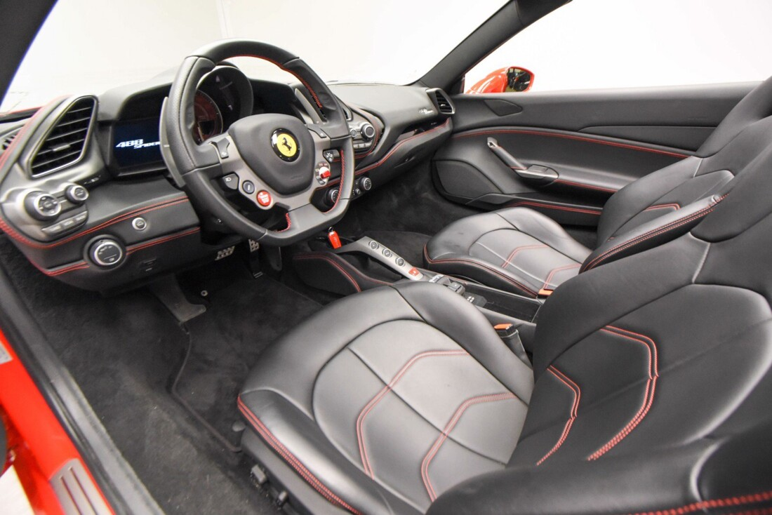 2019 Ferrari 488 Spider image _61501bb793bcf3.83904184.jpg
