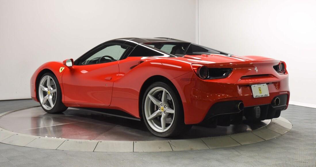 2019 Ferrari 488 Spider image _61501bd6a4be31.68876983.jpg