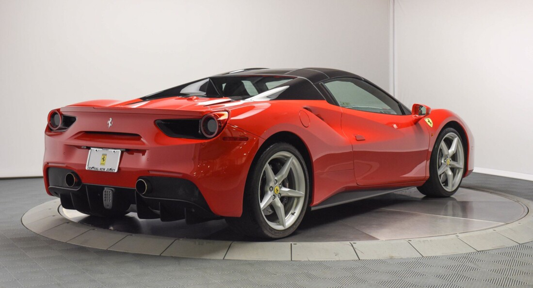 2019 Ferrari 488 Spider image _61501bd81f7a60.41644775.jpg
