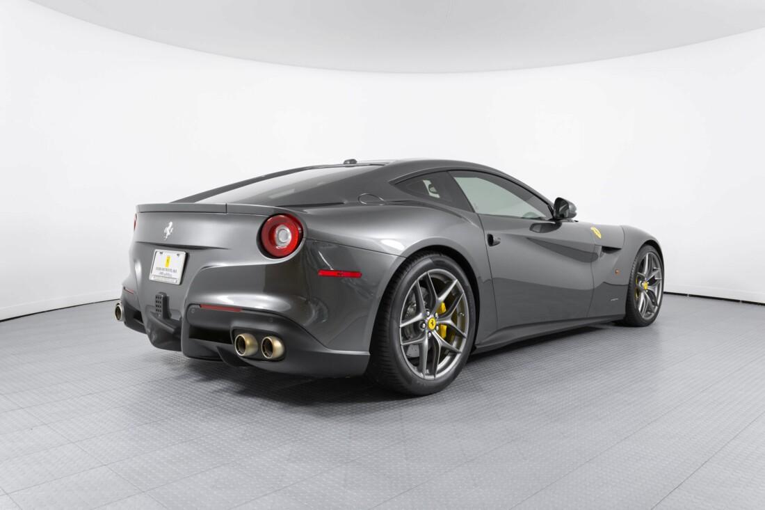 2014 Ferrari F12berlinetta image _61540ef6aa6ac8.02951357.jpg