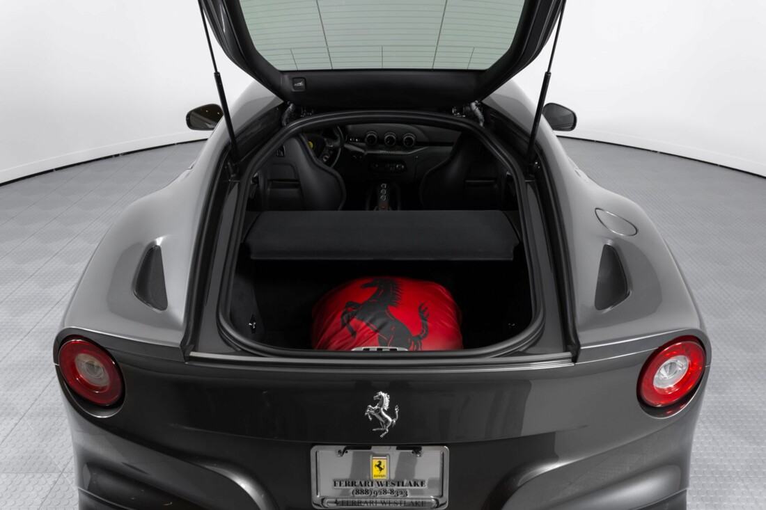 2014 Ferrari F12berlinetta image _61540f026f19b0.53328300.jpg