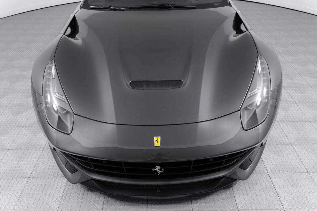 2014 Ferrari F12berlinetta image _61540f0669e513.58688609.jpg