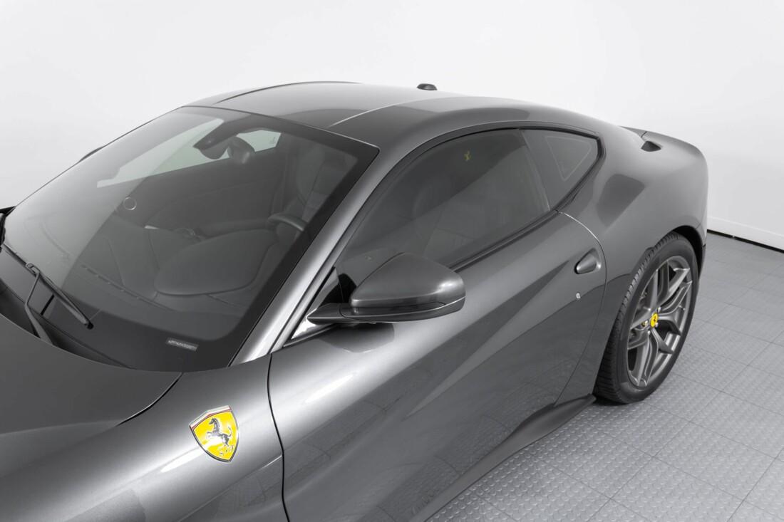 2014 Ferrari F12berlinetta image _61540f0c28de65.16856359.jpg