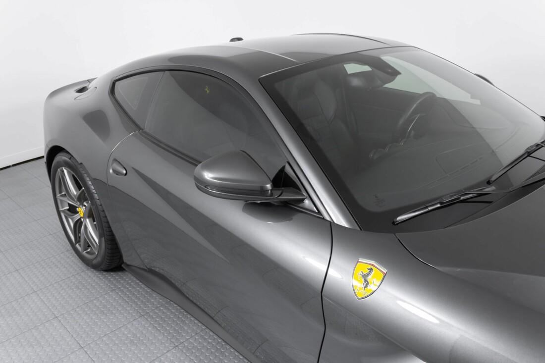 2014 Ferrari F12berlinetta image _61540f0e8983d6.29875438.jpg
