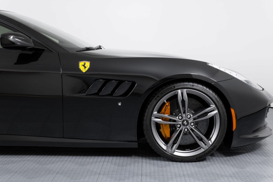 2018 Ferrari GTC4Lusso image _61540f4638bee0.20875041.jpg