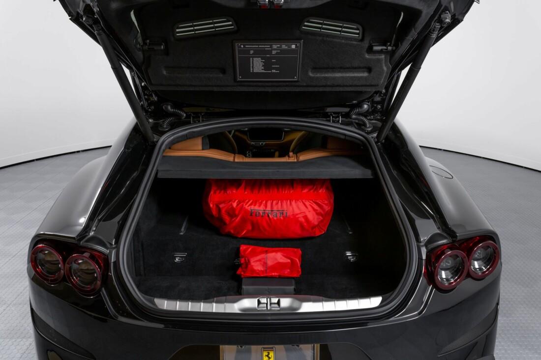 2018 Ferrari GTC4Lusso image _61540f526be5c3.98601437.jpg