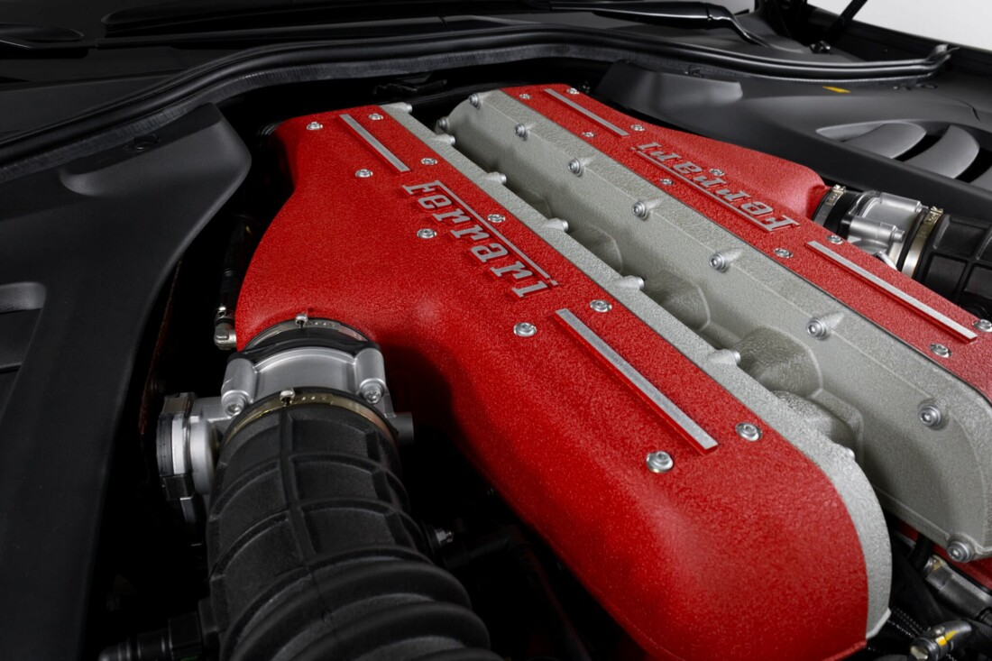 2018 Ferrari GTC4Lusso image _61540f5ca6b1e5.04470480.jpg
