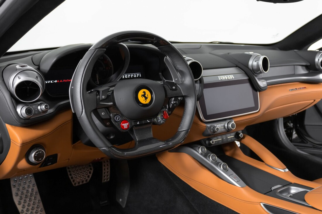 2018 Ferrari GTC4Lusso image _61540f64b07748.65843696.jpg