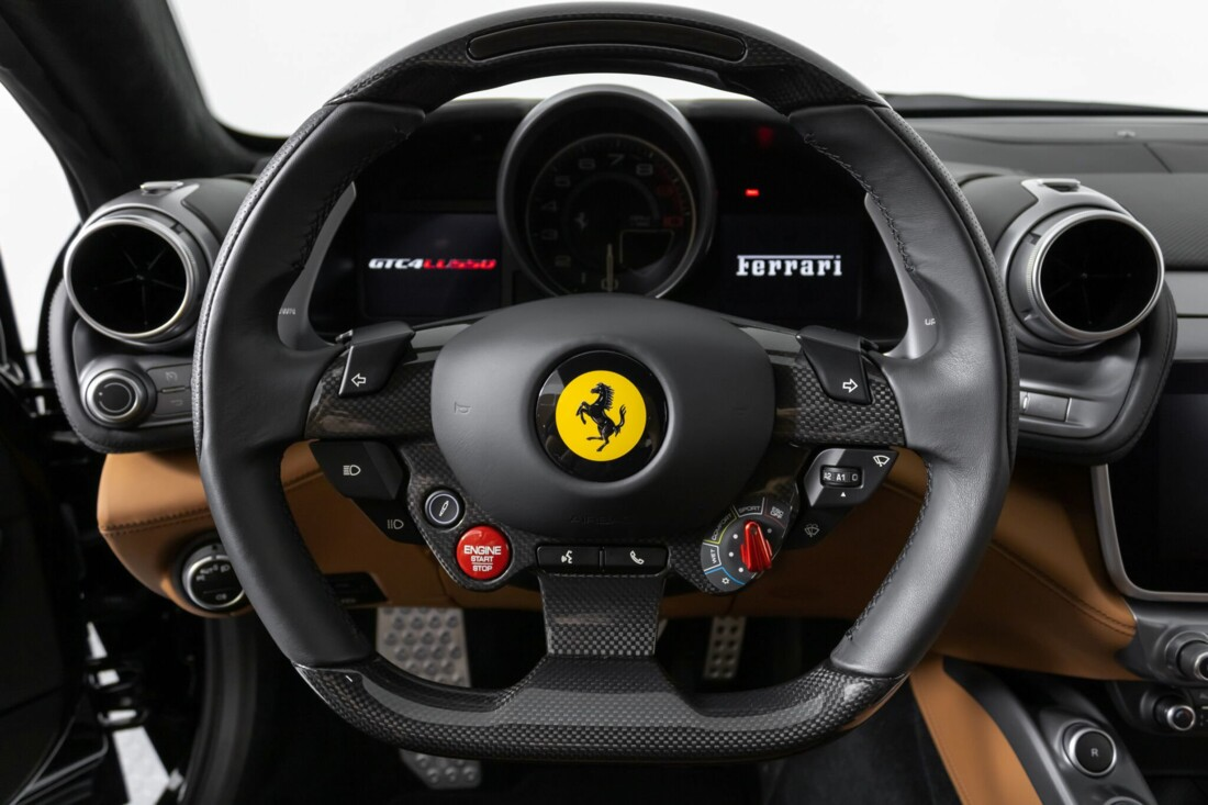2018 Ferrari GTC4Lusso image _61540f679f2e74.78685059.jpg