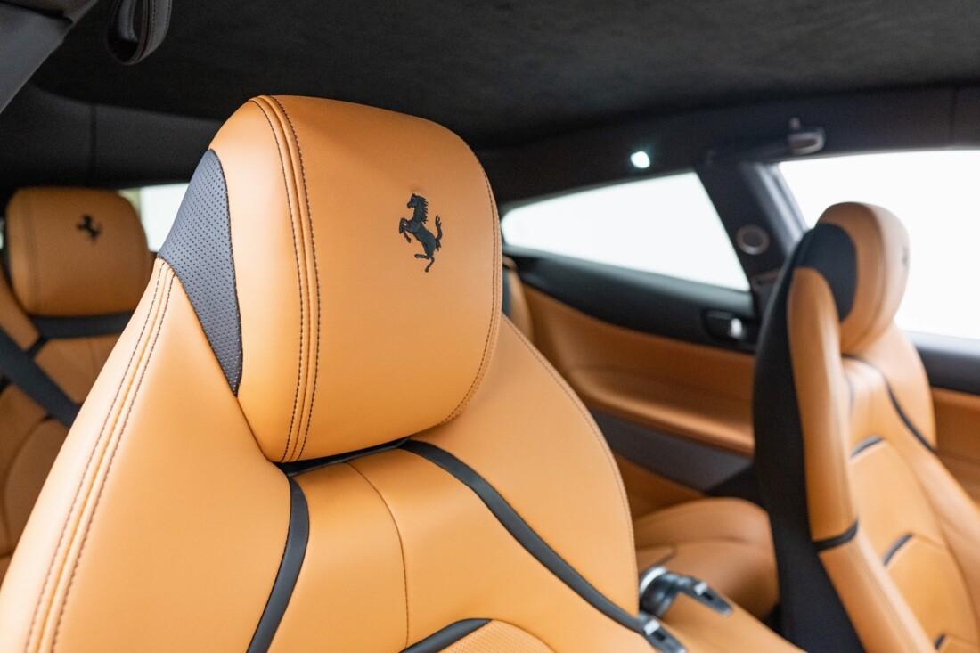 2018 Ferrari GTC4Lusso image _6154100e4501e4.46800313.jpg