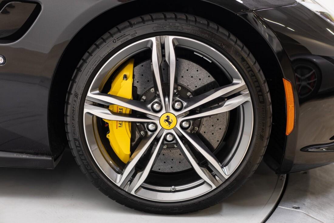 2018 Ferrari GTC4Lusso image _6154101961d634.59066006.jpg