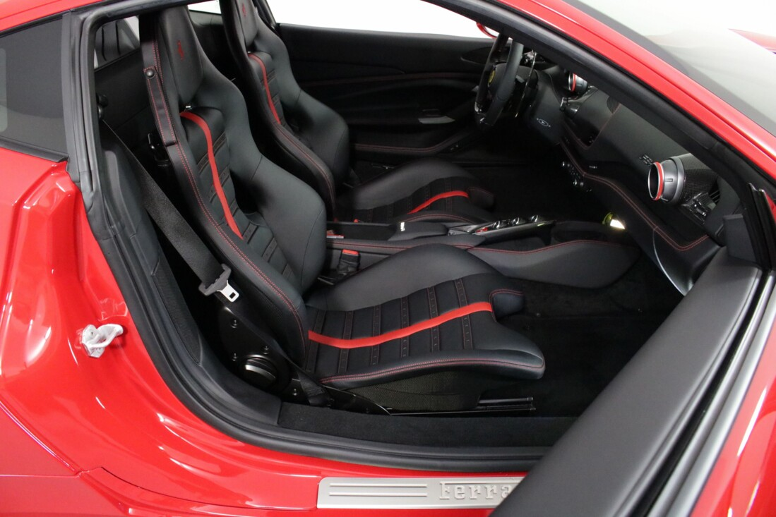 2021 Ferrari F8 Tributo image _6154108b2c1240.68566860.jpg