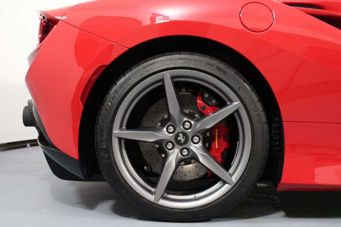 2021 Ferrari F8 Tributo image _615410b8315f42.56844507.jpg