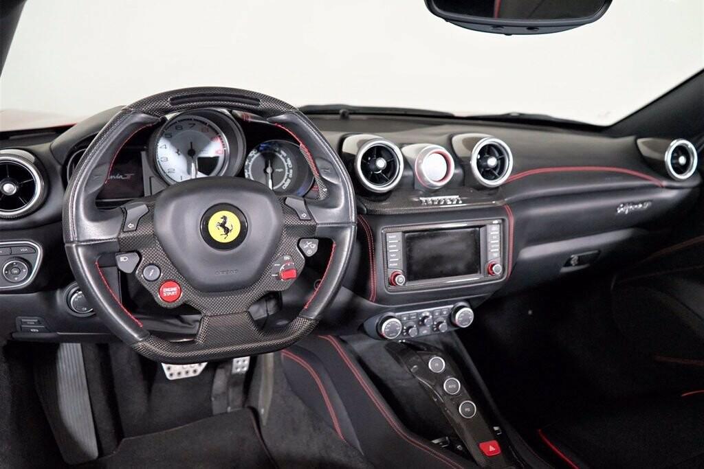 2016 Ferrari  California image _615410dc7383d4.68828886.jpg