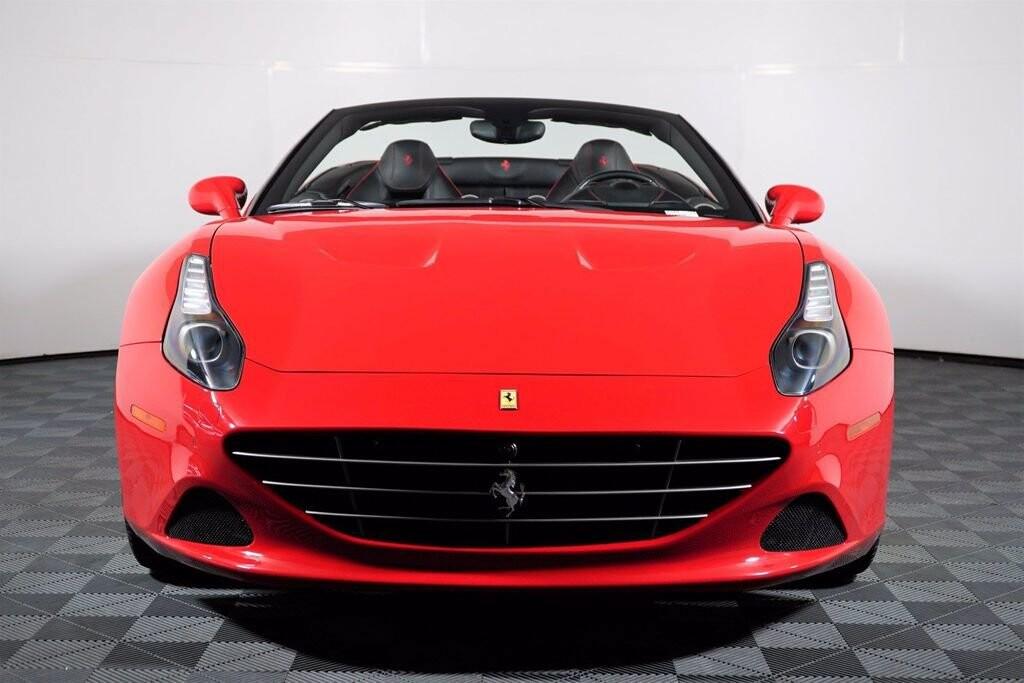 2016 Ferrari  California image _615410e13a05e4.16374914.jpg