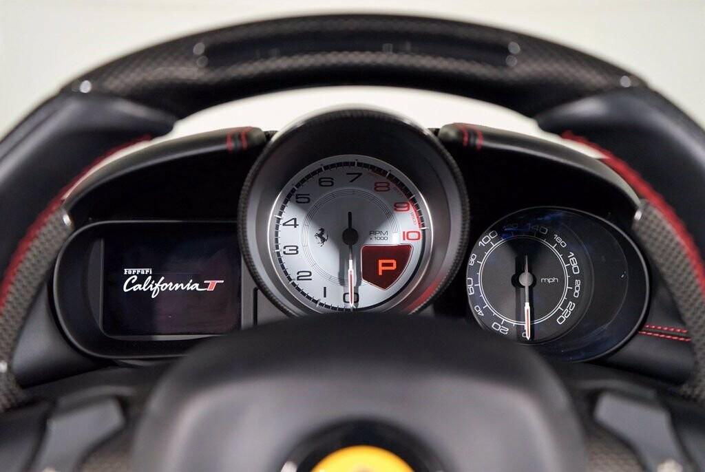 2016 Ferrari  California image _615410e2ce09f9.89375689.jpg