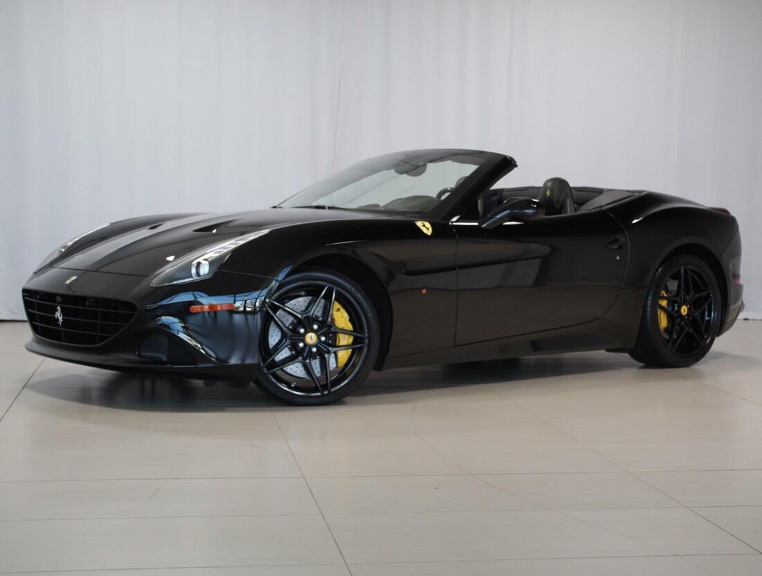 2015 Ferrari  California image _615560c6d26f44.12552442.jpg