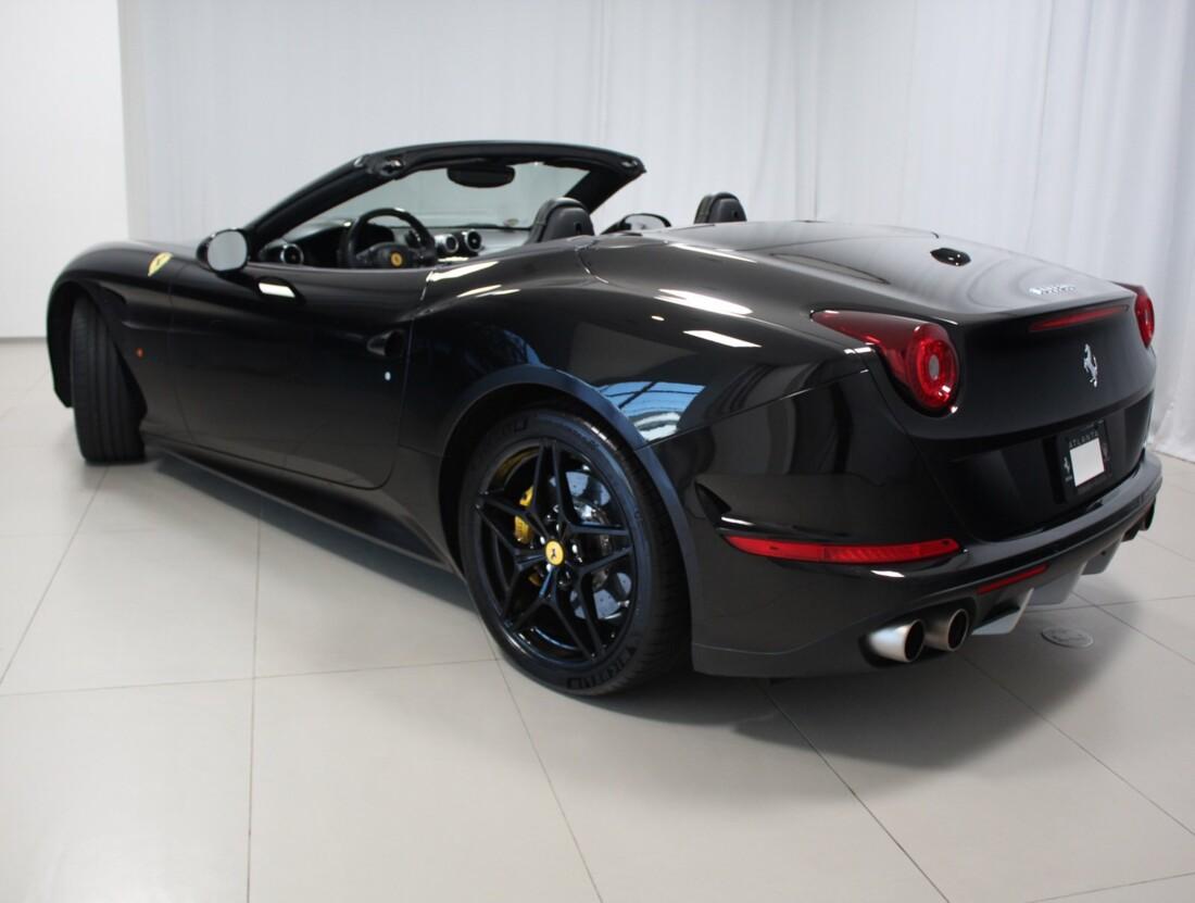 2015 Ferrari  California image _615560c78f3dc6.45886778.jpg