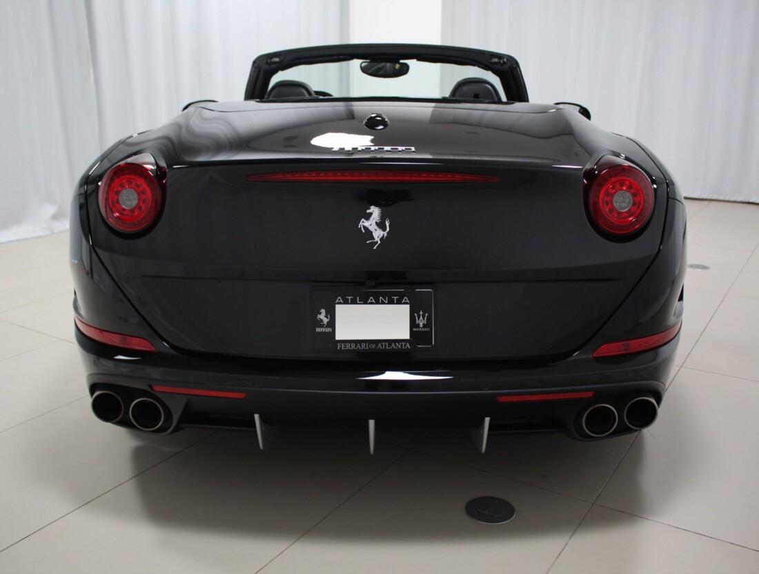 2015 Ferrari  California image _615560cd1f9b34.61366188.jpg