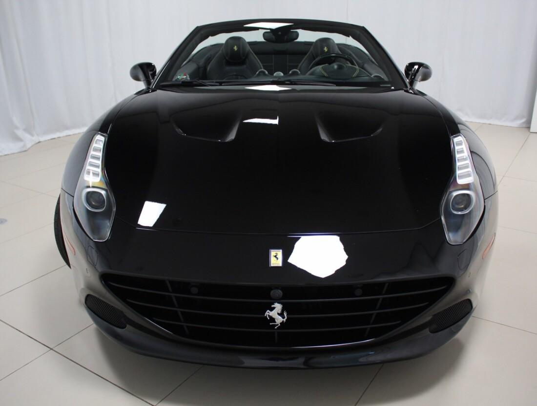 2015 Ferrari  California image _615560d2043e05.13414739.jpg