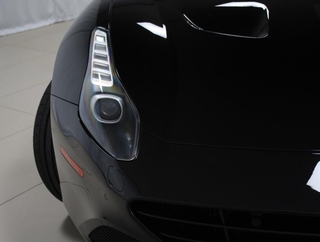 2015 Ferrari  California image _615560d83571d2.26065468.jpg