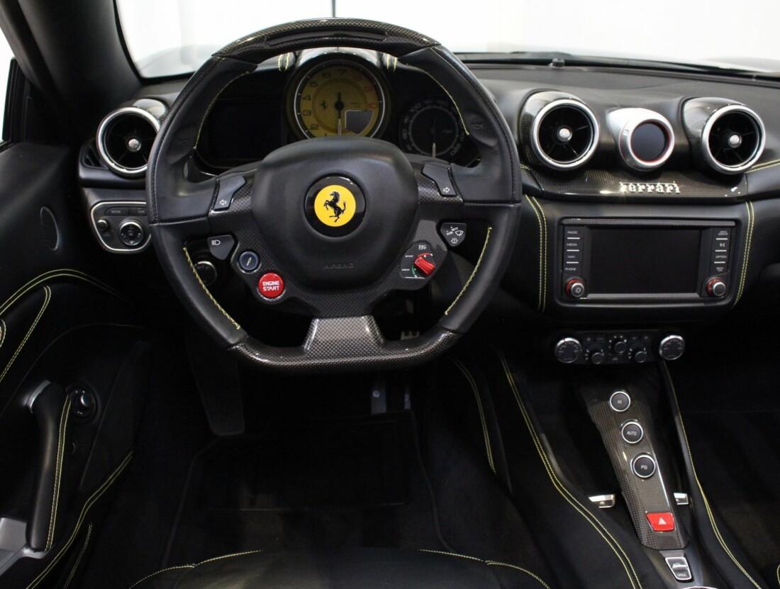 2015 Ferrari  California image _615560ebc7ad16.80269035.jpg