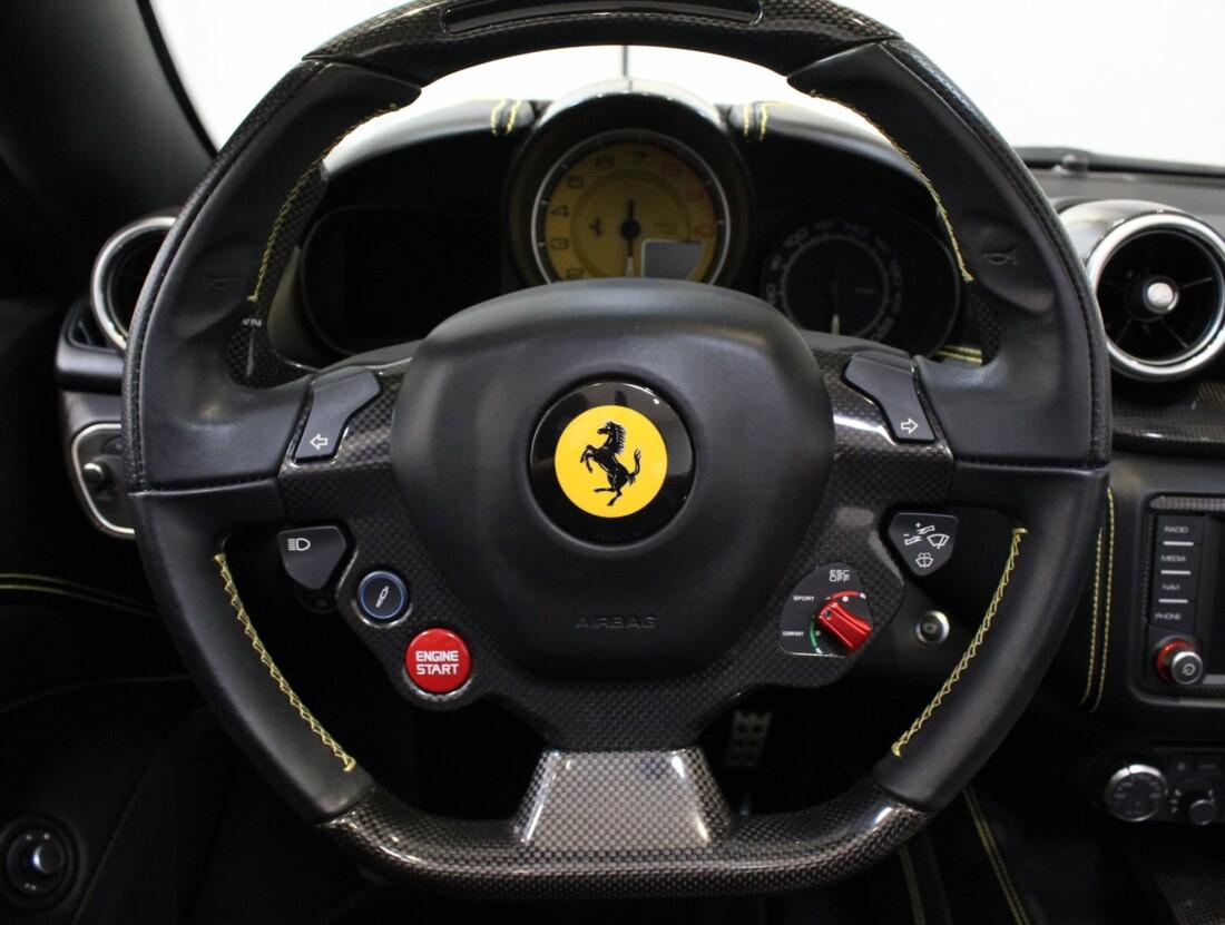 2015 Ferrari  California image _615560ed6e6236.28182837.jpg