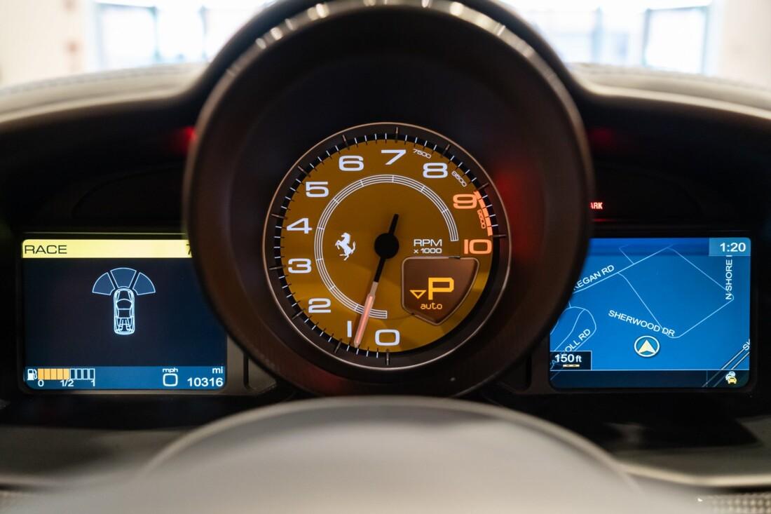 2014 Ferrari  458 Italia image _61556175c2ccc4.36358282.jpg