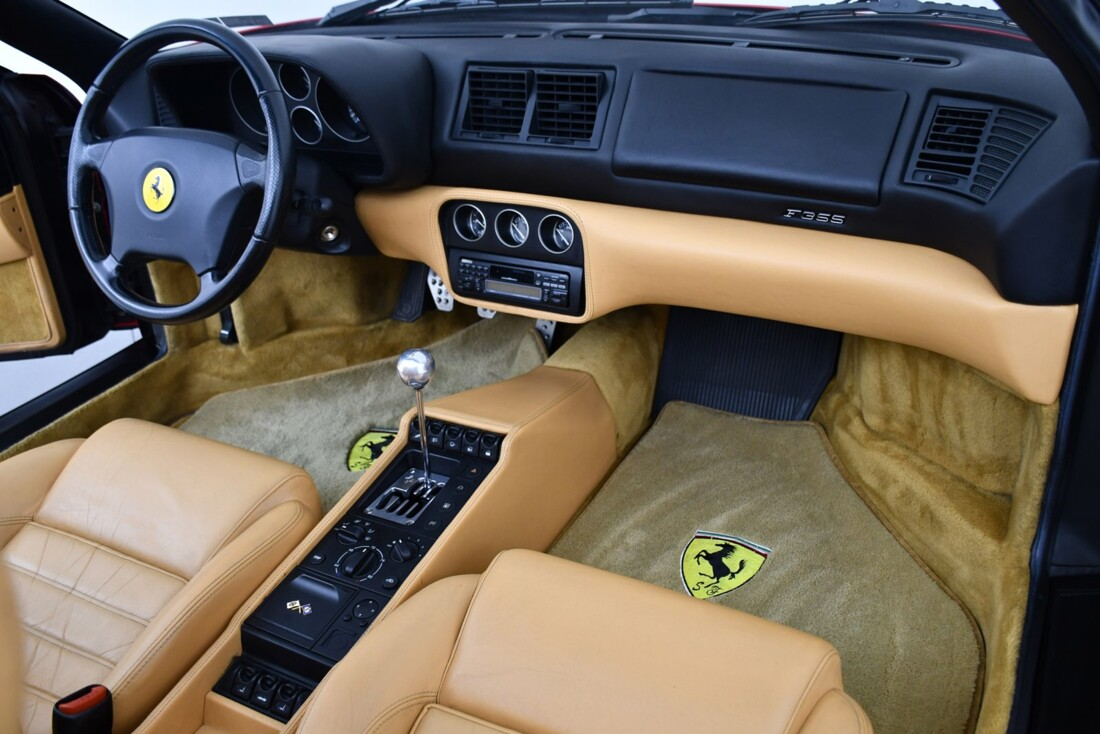 1998 Ferrari F355 Spider image _6156b1f997f296.68129687.jpg