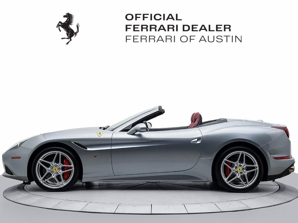 2015 Ferrari  California image _6156b21eb09392.44284136.jpg