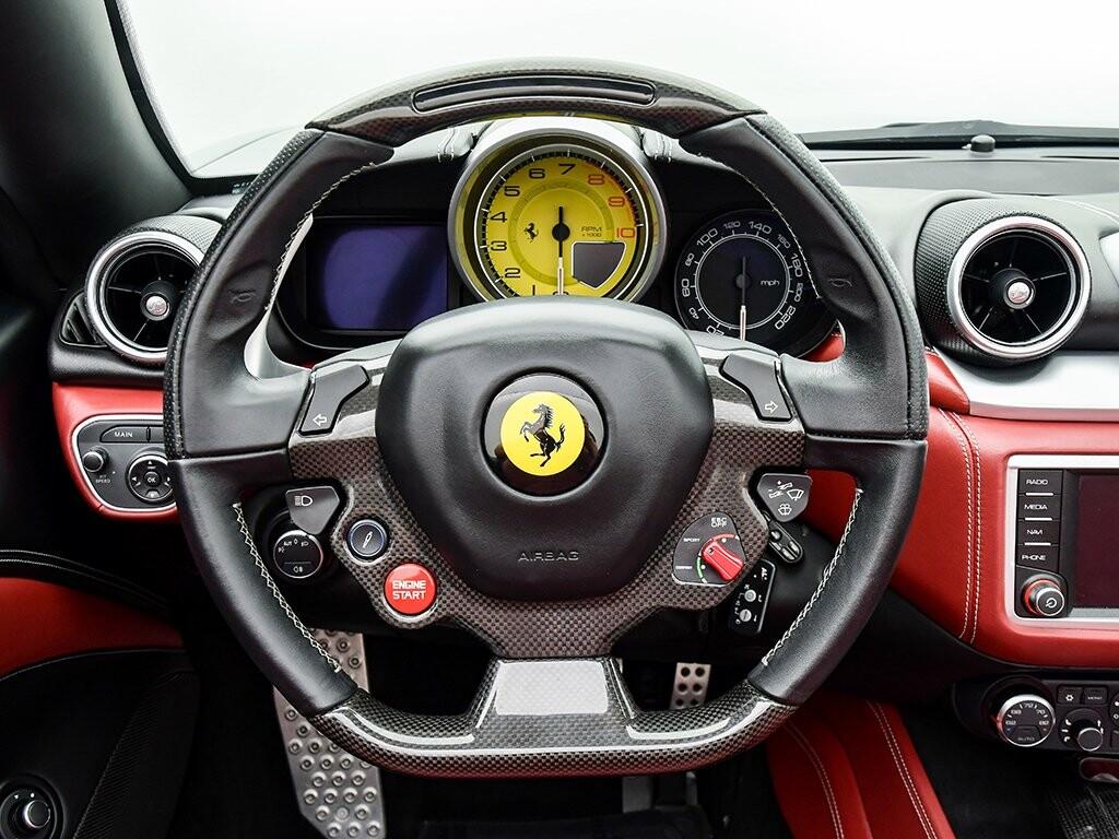 2015 Ferrari  California image _6156b2222ebeb4.67832652.jpg