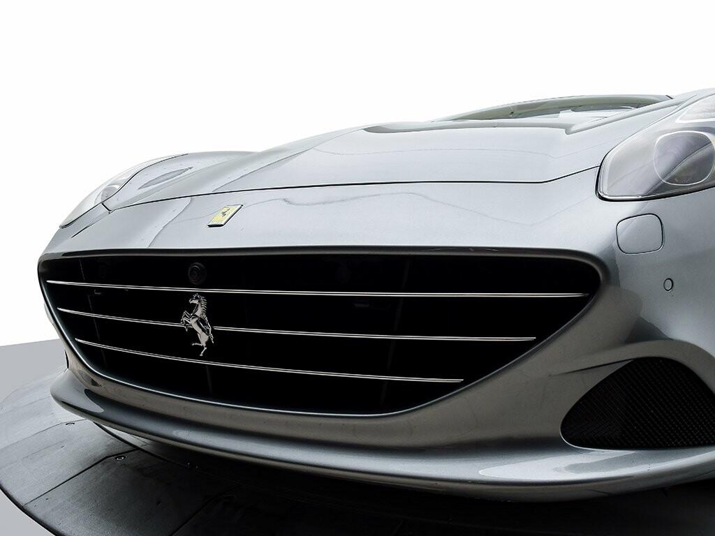 2015 Ferrari  California image _6156b22c47f390.50104207.jpg