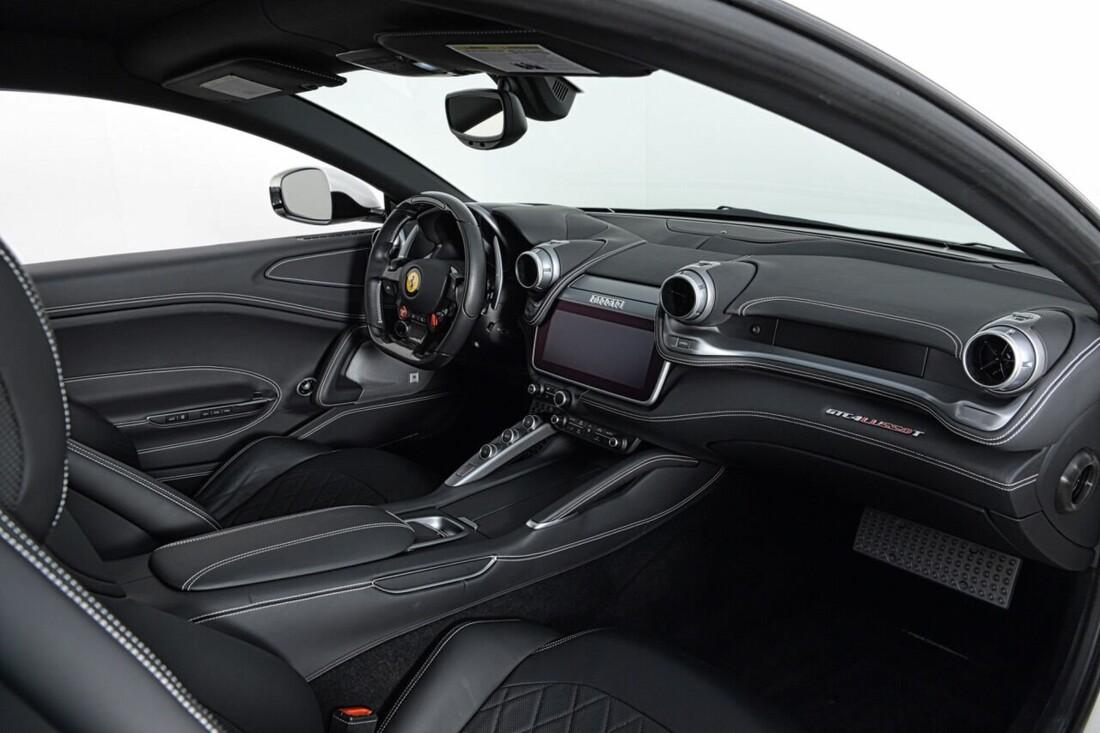 2018 Ferrari GTC4Lusso T image _6156b2f700cd95.30255709.jpg