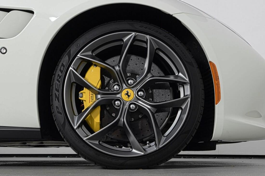 2018 Ferrari GTC4Lusso T image _6156b2fb538654.01006767.jpg