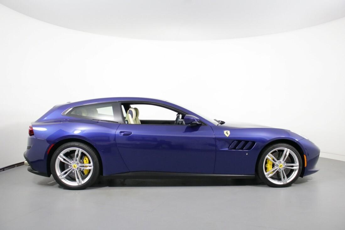 2020 Ferrari GTC4Lusso image _6156b386929988.41332507.jpg