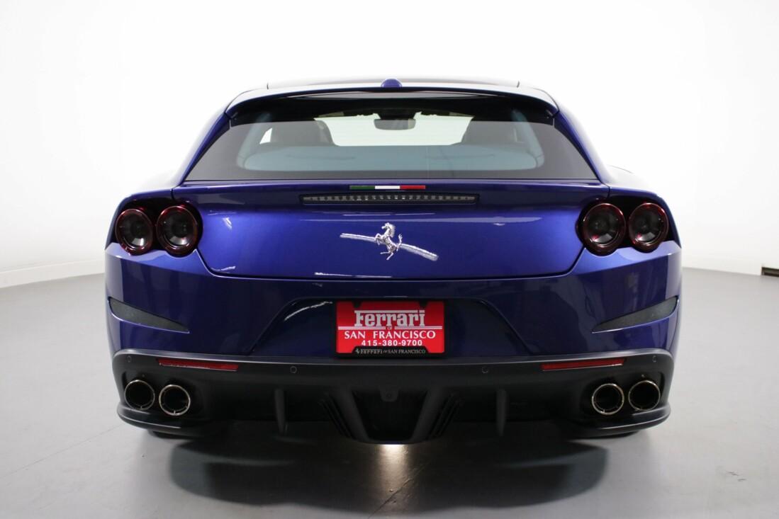 2020 Ferrari GTC4Lusso image _6156b394acbd38.70348627.jpg