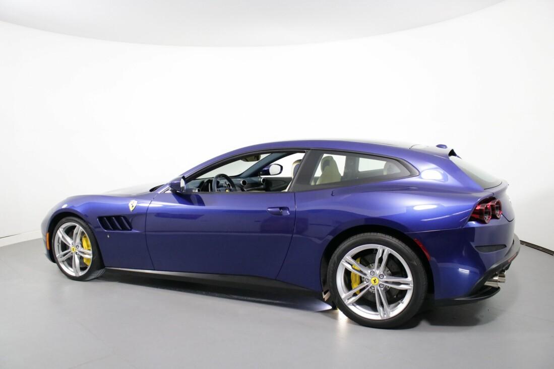 2020 Ferrari GTC4Lusso image _6156b3a6057950.57635614.jpg