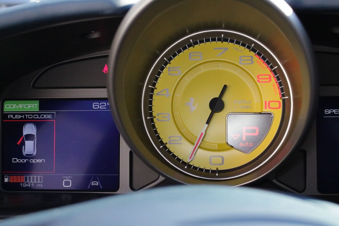 2020 Ferrari GTC4Lusso image _6156b3b7b2e1f4.65391426.jpg