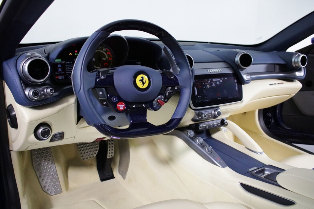 2020 Ferrari GTC4Lusso image _6156b3c7bf84f7.41430784.jpg