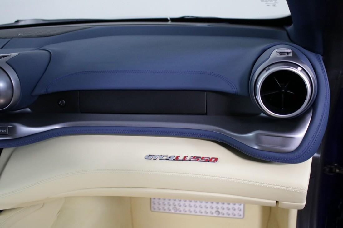 2020 Ferrari GTC4Lusso image _6156b3f8df3f57.94999036.jpg