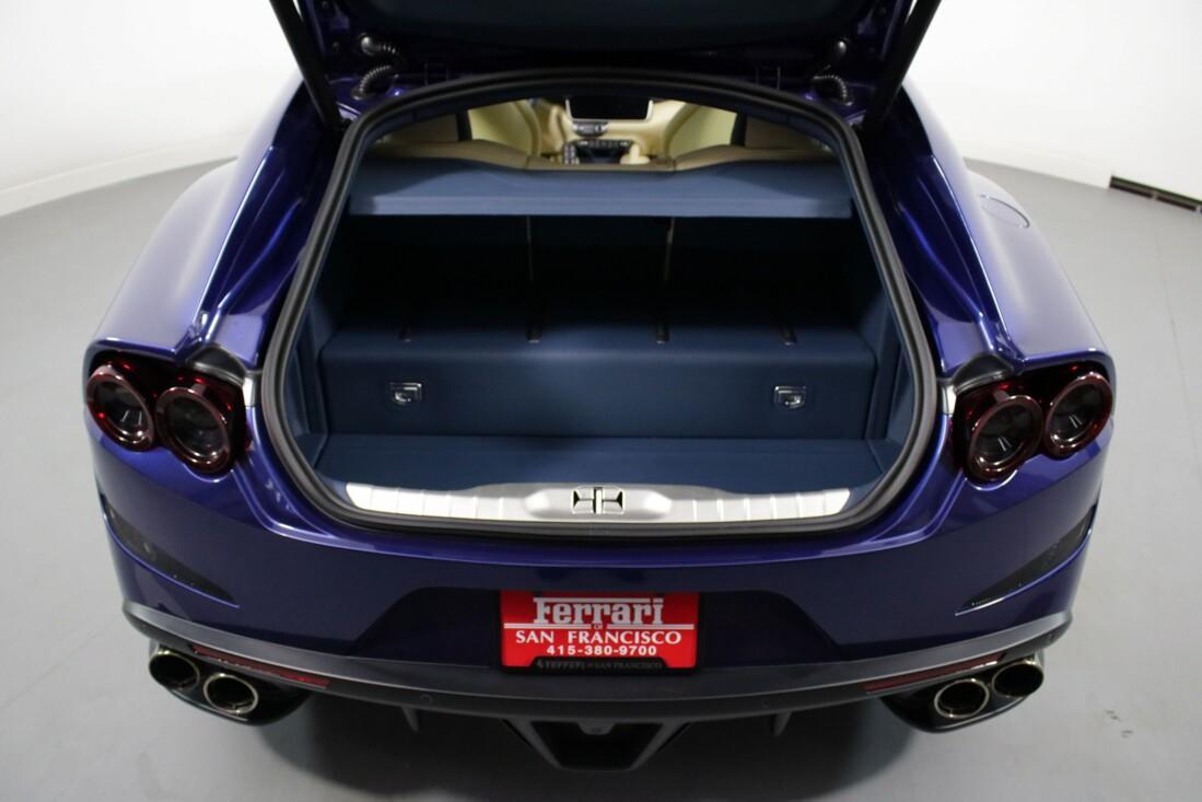 2020 Ferrari GTC4Lusso image _6156b42a6e3483.23315223.jpg