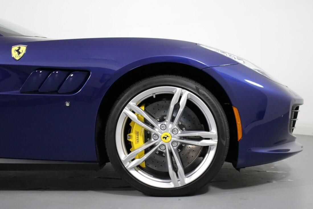 2020 Ferrari GTC4Lusso image _6156b43a322ef6.58125846.jpg