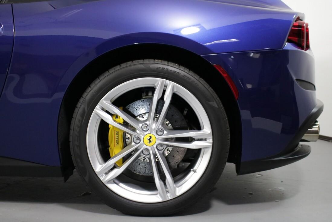 2020 Ferrari GTC4Lusso image _6156b4410e2801.59102531.jpg