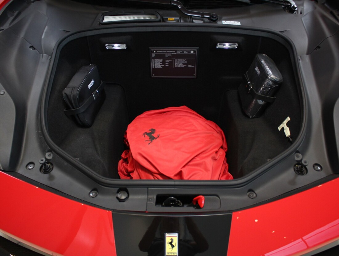 2018 Ferrari 488 Spider image _6158040a6b2569.31361529.jpg