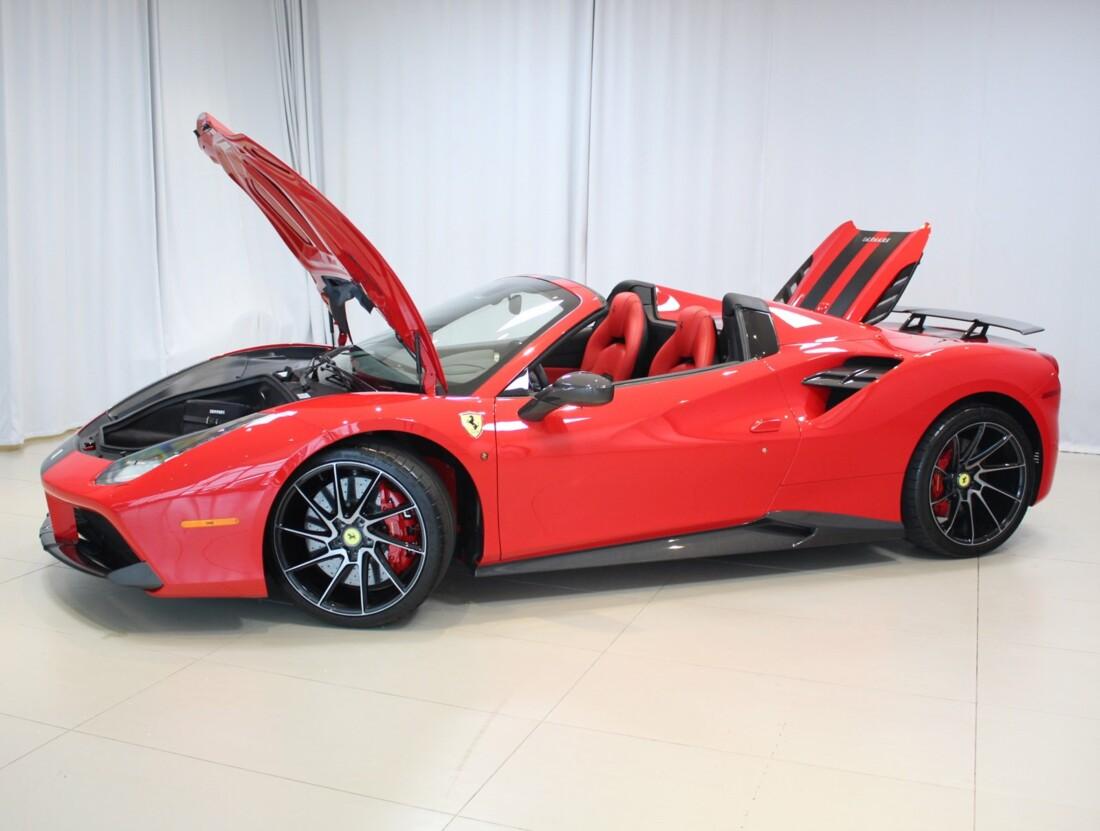 2018 Ferrari 488 Spider image _6158040d0bd9e5.09164711.jpg