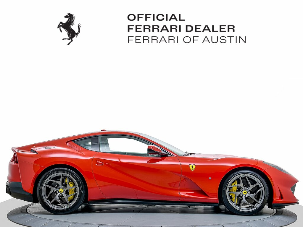 2019 Ferrari 812 Superfast image _61580445717ae1.10608332.jpg