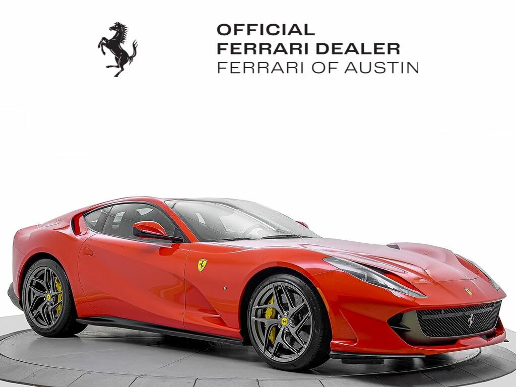 2019 Ferrari 812 Superfast image _615804460938e7.84705527.jpg
