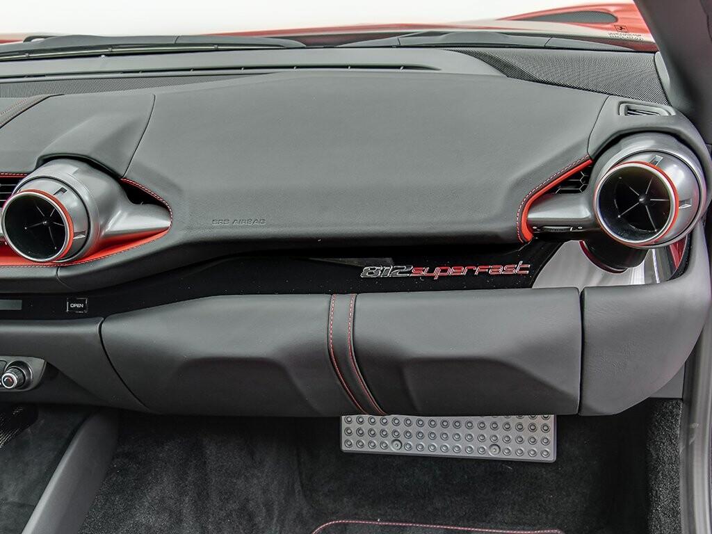 2019 Ferrari 812 Superfast image _6158044bdcaf08.21496473.jpg
